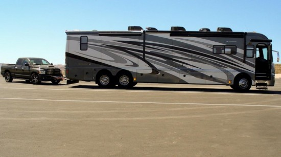 2010 Fleetwood Revolution 42W LE 3 Slides + full sideslide